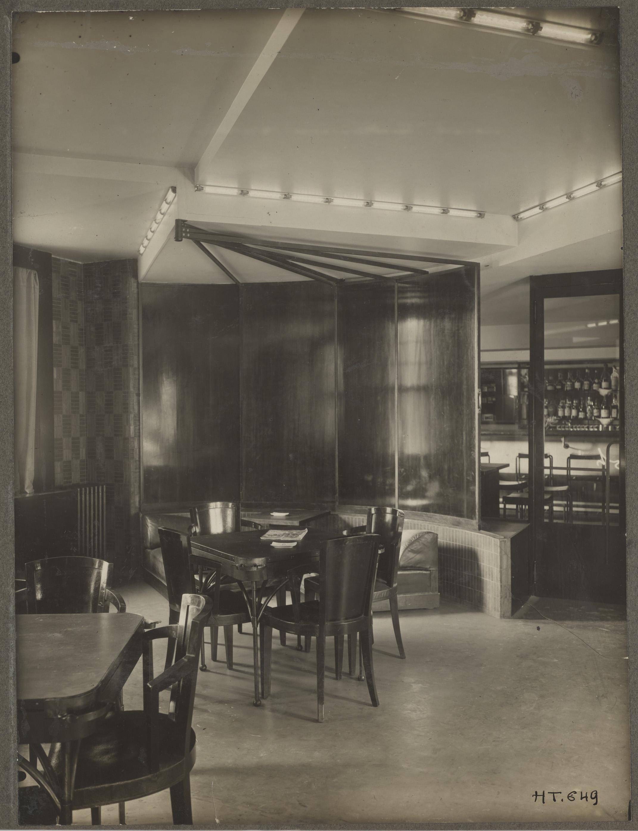 le grand h tel de tours 1926 1927. Black Bedroom Furniture Sets. Home Design Ideas