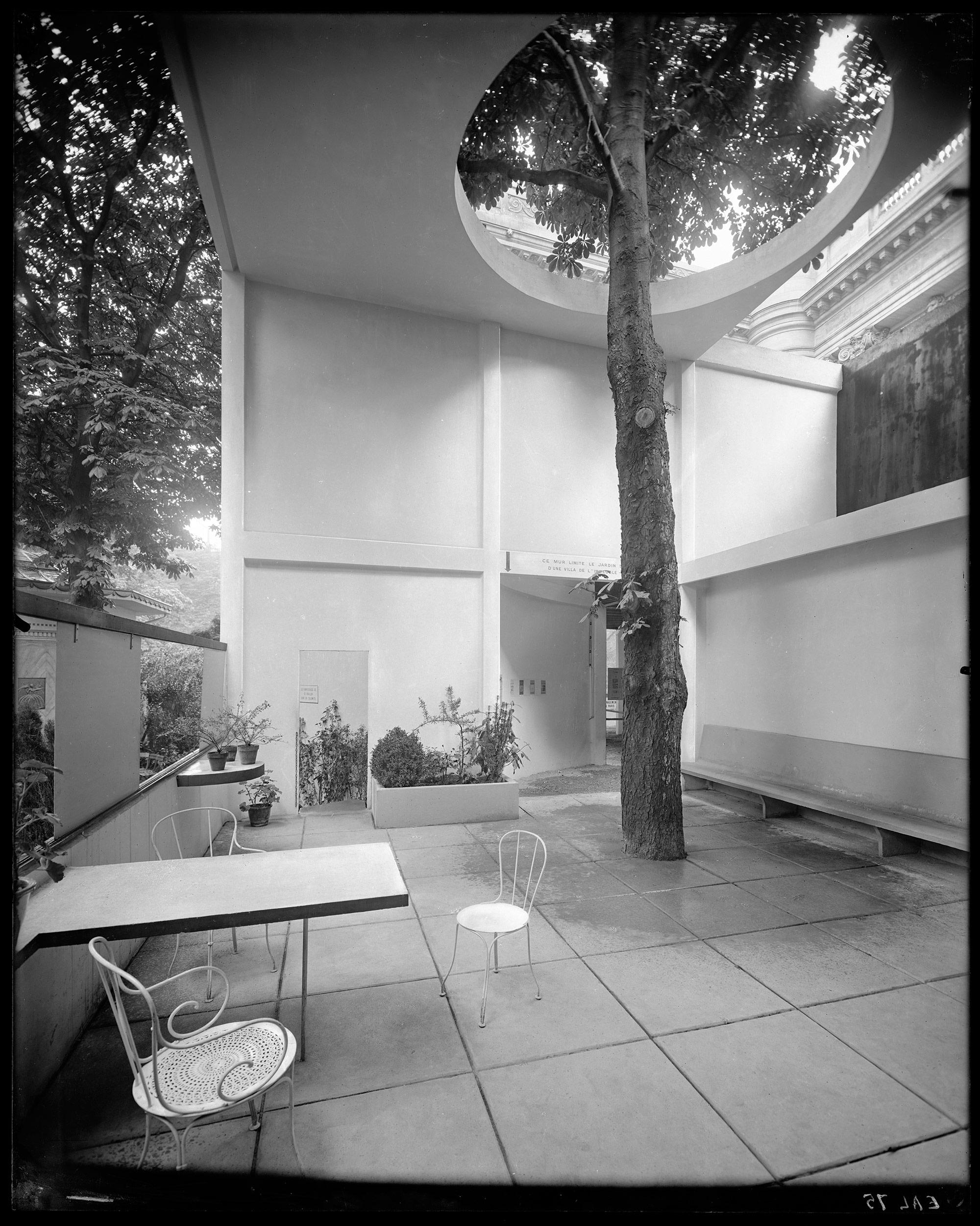 pavillon de l 39 esprit nouveau. Black Bedroom Furniture Sets. Home Design Ideas