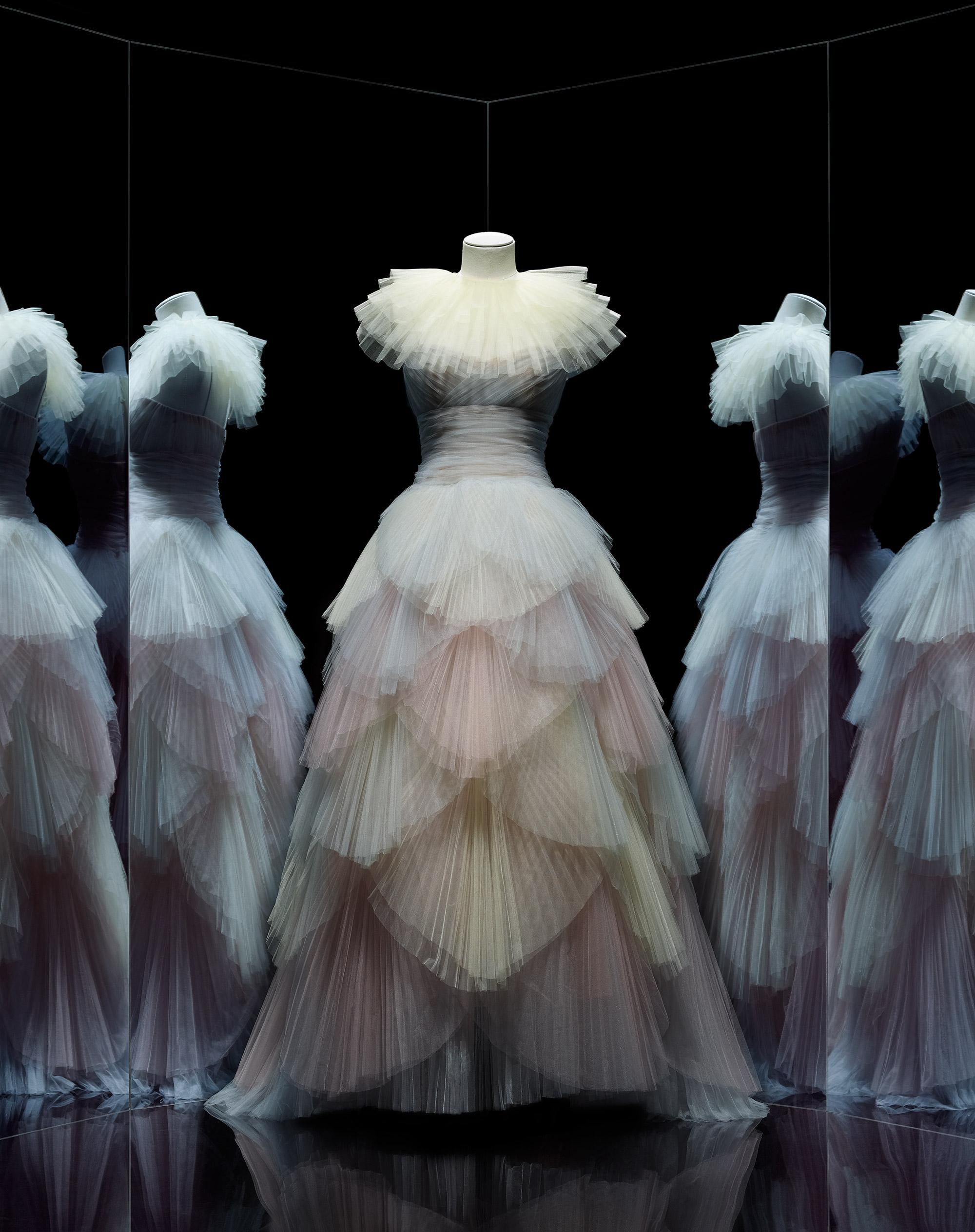 bdf8218498e9e Maria Grazia Chiuri pour Christian Dior