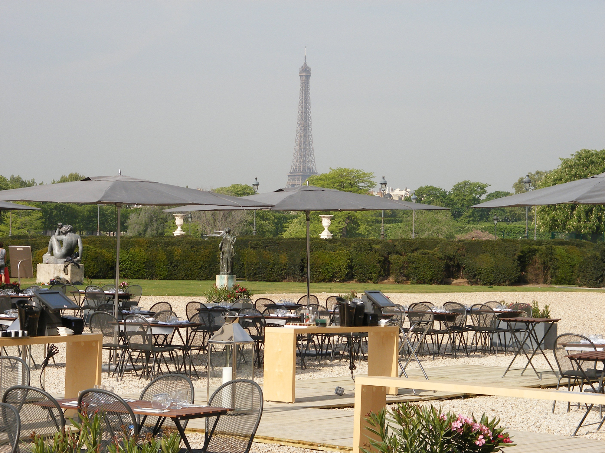 The restaurant for Restaurant paris terrasse jardin